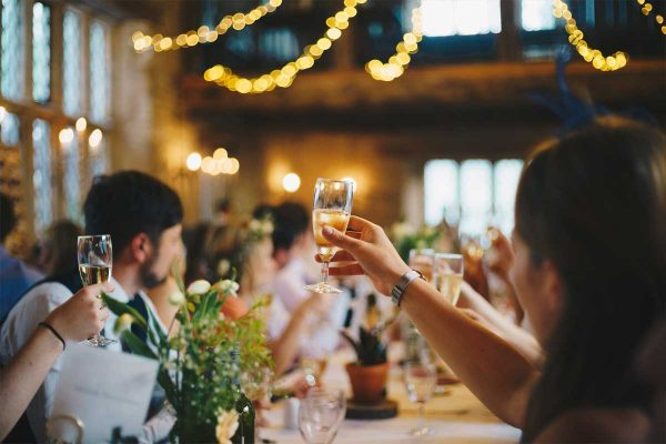 Five reasons not to have an unplugged wedding