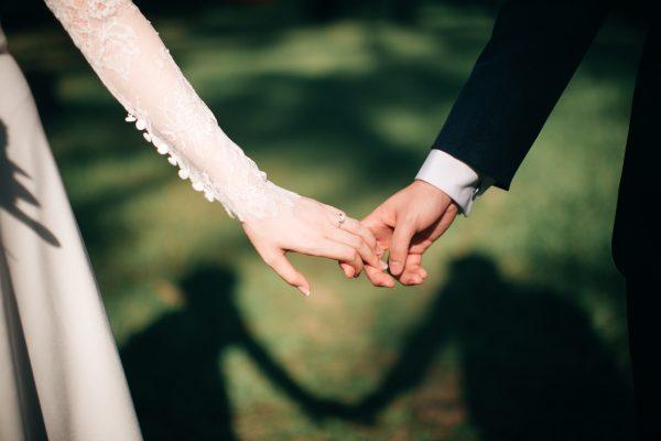 The best ways to display your wedding photos