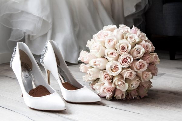 Wedding morning pictures you need in your photo album